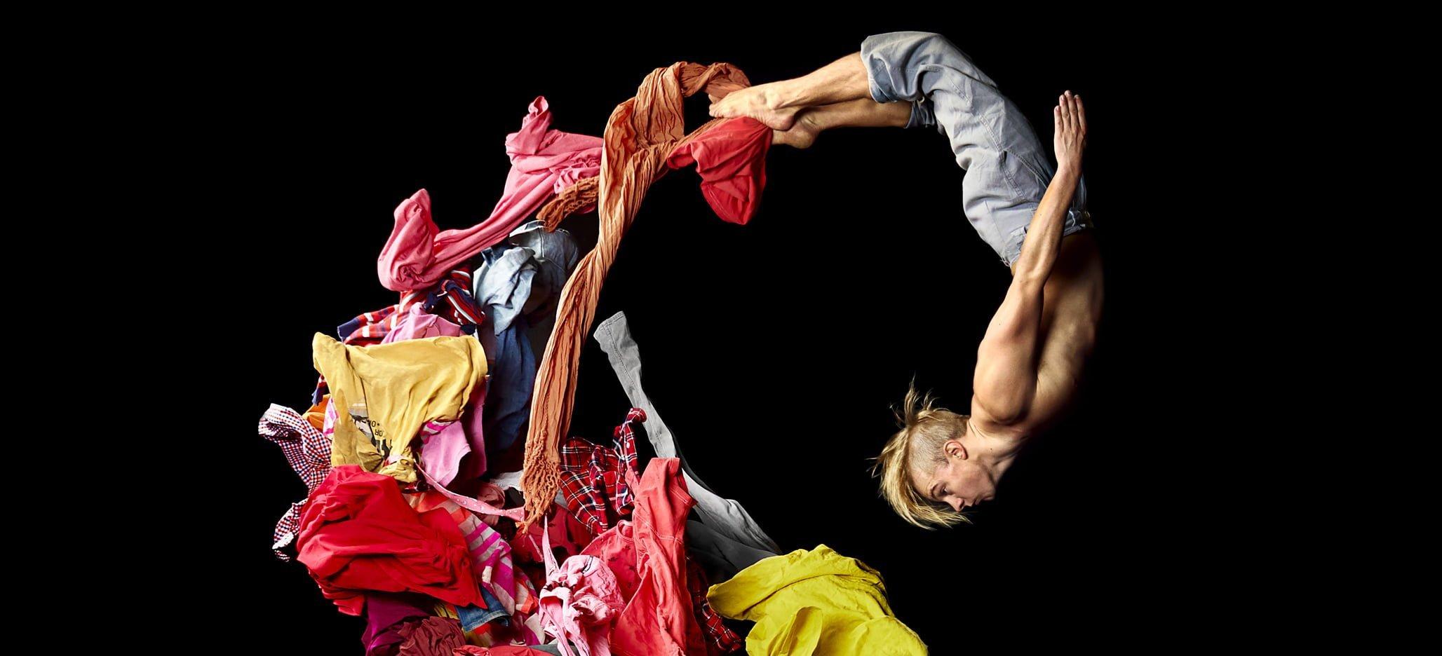 Ur Limits av Cirkus Cirkör  På bild: Anton Graaf  Foto: Mattias Edwall